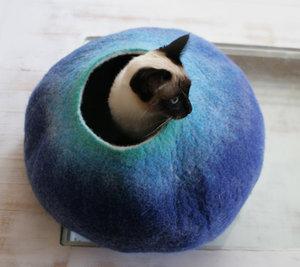 catbed_bluetan_3.jpg